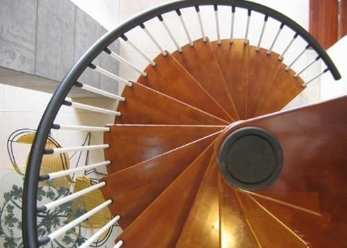 合肥装修公司家用旋转楼梯踏步尺寸规范