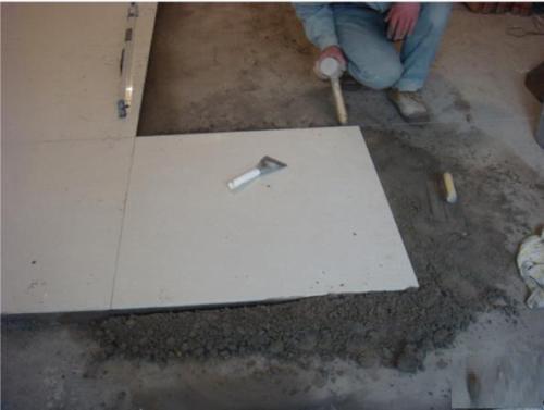 地砖铺贴方法有哪些 地砖铺贴需要注意什么